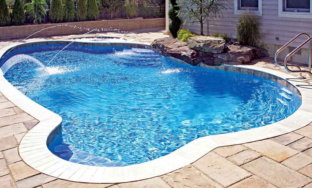 7 Tips for Closing and Maintaining your Pool