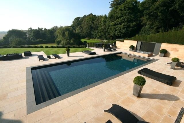 How to Hire the Best Swimming Pool Contractors