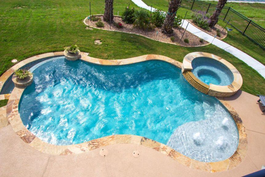 Advantage and Disadvantage of Concrete Pools
