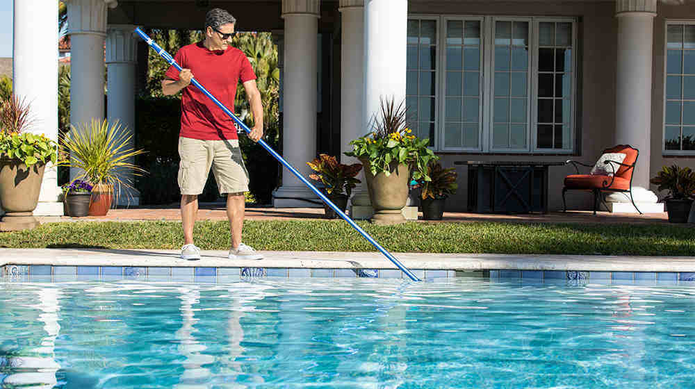 How To Brush Your Swimming Pool The Right Way My Pool Guy