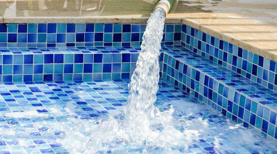 How to Refill a Swimming Pool After Draining